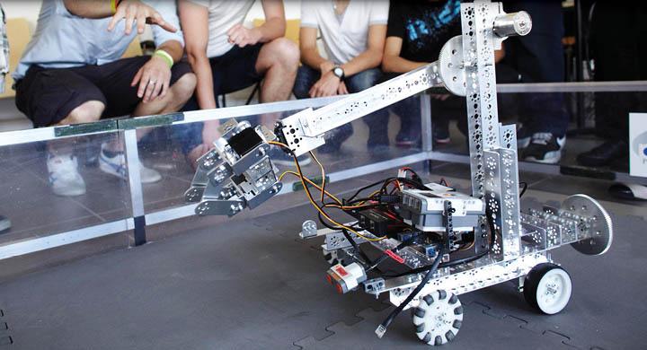 First tech challenge - 2014 - Carrousel.jpg