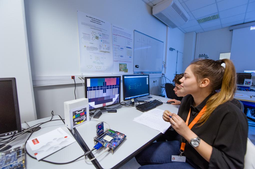 Inn.0 Tech 2017 > atelier Grenoble INP > Conception d'une puce au CIME Nanotech