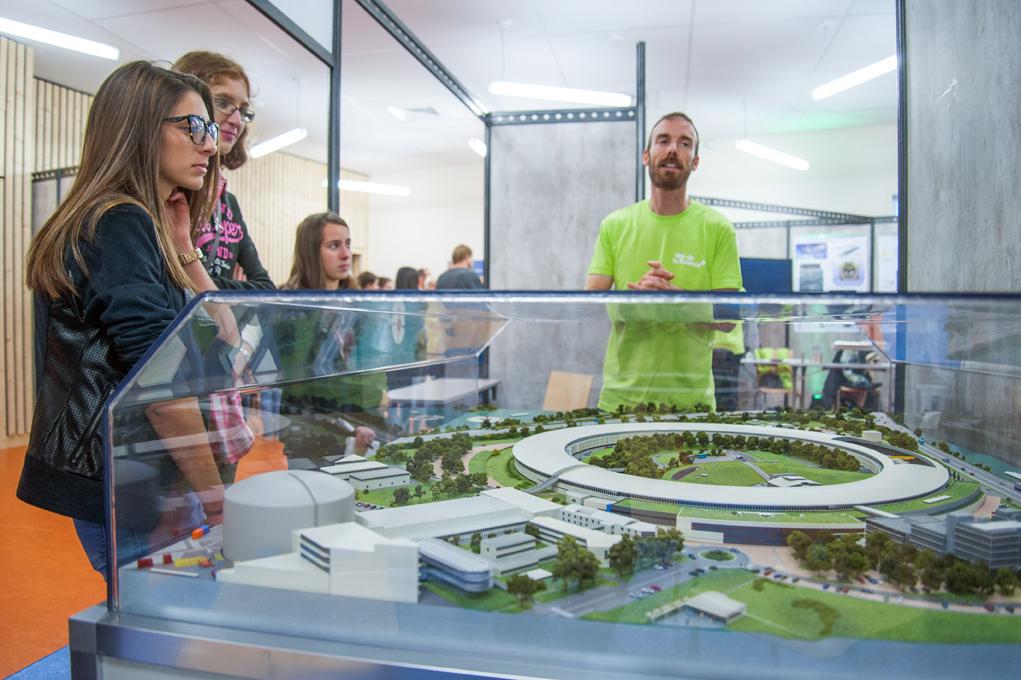 Parvis des Sciences 2015 - Stand EPN Campus